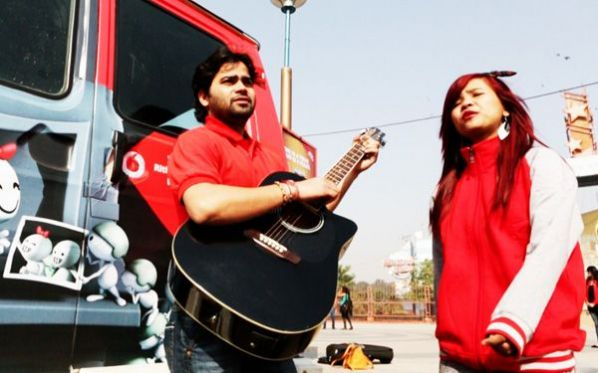 Vodafone steps out to makes V-Day special for consumers