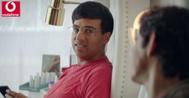 Grandmaster Vishwanathan Anand to be seen on billboards promoting Vodafone RED