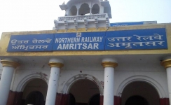 Northern Railways invites bids for media rights at 13 stations
