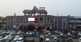 Century Group partially retains media rights at Patna rail junction