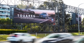 oOh! Fly network putting up 6 new large digital billboards near airports