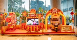 Amazon's Mini Mela engages commuters at key airports