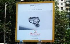 Forevermark's black & white campaign breaks clutter