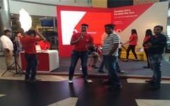 Vodafone Doubles Campaign creates a buzz at GIP, Noida