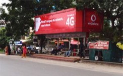 Kinetic paints Kochi red with Vodafone campaign
