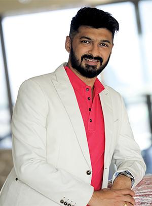 Jayesh Yagnik, CEO<br>MOMS Outdoor Media